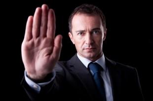 Lender choosing to foreclose v.s short sale